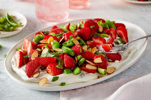 Salade de fraises et de pois mangetout sucrés Image 1
