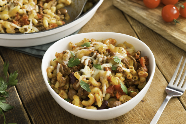 One-Pot Chili Mac and Cheese Image 1