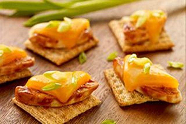 Cheesy BBQ Chicken Bites Image 1