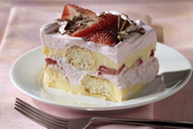 Layered Strawberry Tiramisu Image 1