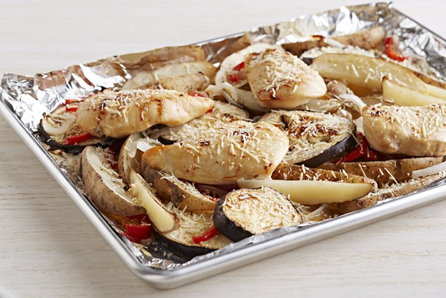 Sheet-Pan Chicken and Veggies