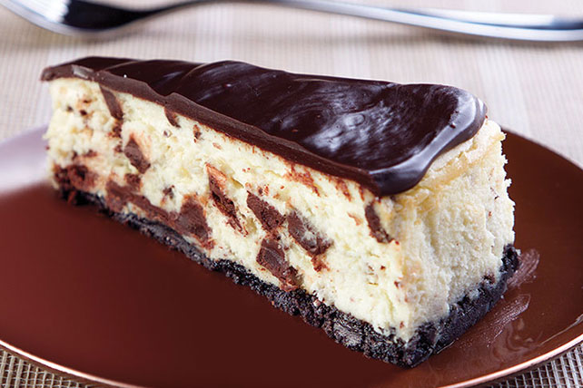 Chocolate Chunk Cheesecake Image 1
