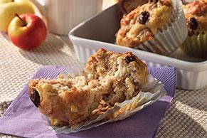 Molletes (muffins) de salvado con pasas y manzanas