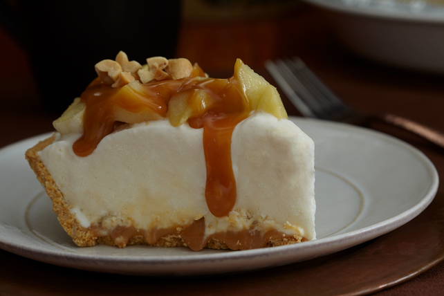 Caramel Apple Sundae Pie