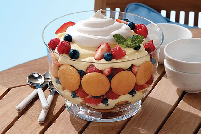 Quick Lemon-Berry Trifle Image 1