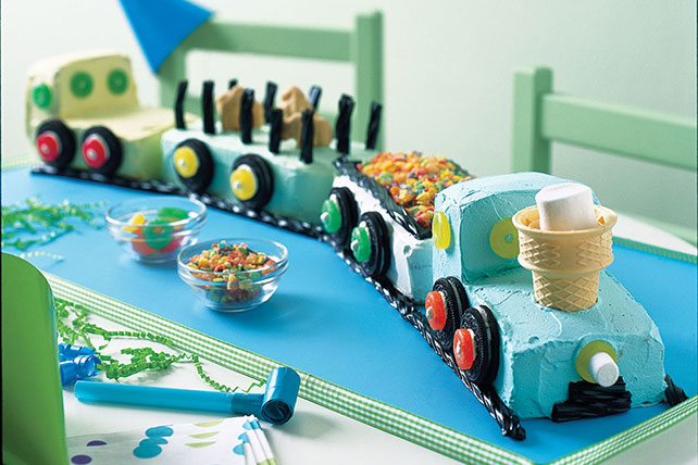Birthday Train Cake Image 1