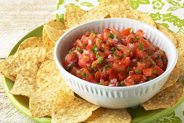 Fresh Salsa with Tomatoes Image 1