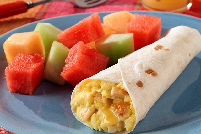 Burritos de pollo y queso para el desayuno Image 1