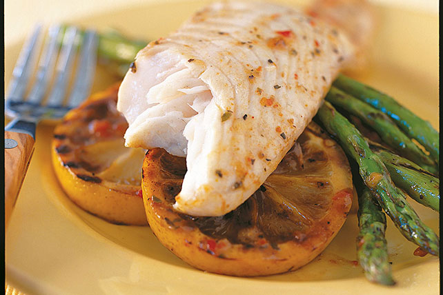 Grilled Lemon-Fish with Asparagus