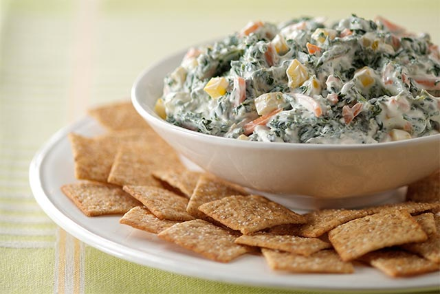 Spinach Ranch Dip Image 1