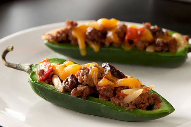 Chili and Cheese Stuffed Jalapeño Peppers Image 1