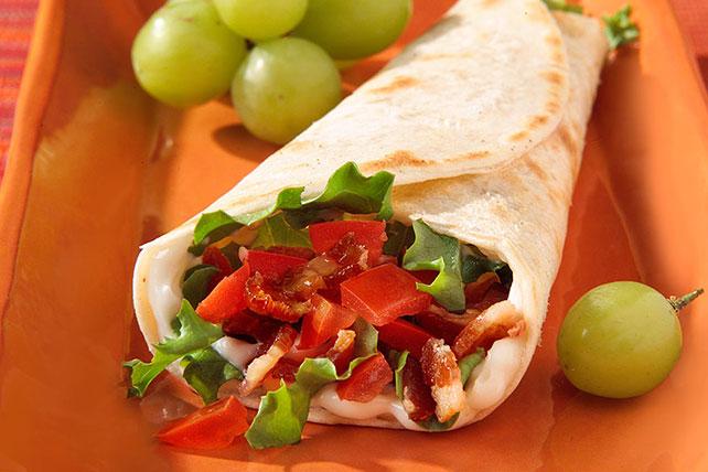 Enrollado de tocino, lechuga y tomate Image 1
