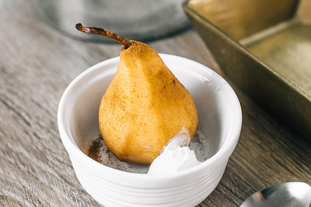 Cinnamon Coffee-Flavored Poached Pears