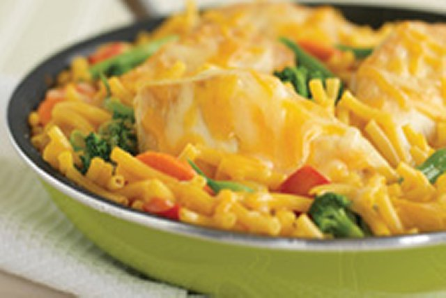 Extra Cheesy Chicken and Noodles Image 1