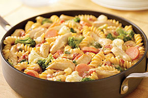 VELVEETA-Cheesy Chicken Rotini