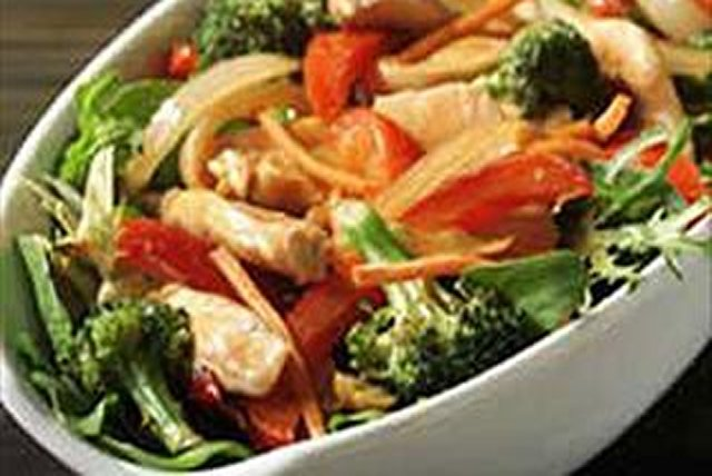 Chicken Stir-Fry Salad Image 1