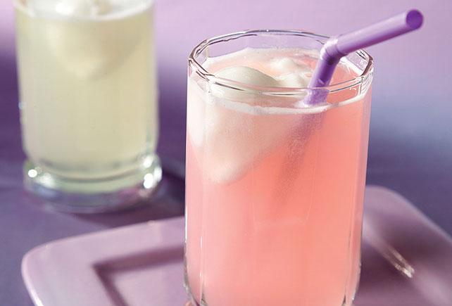 Bebida CRYSTAL LIGHT® con sorbete de limón Image 1