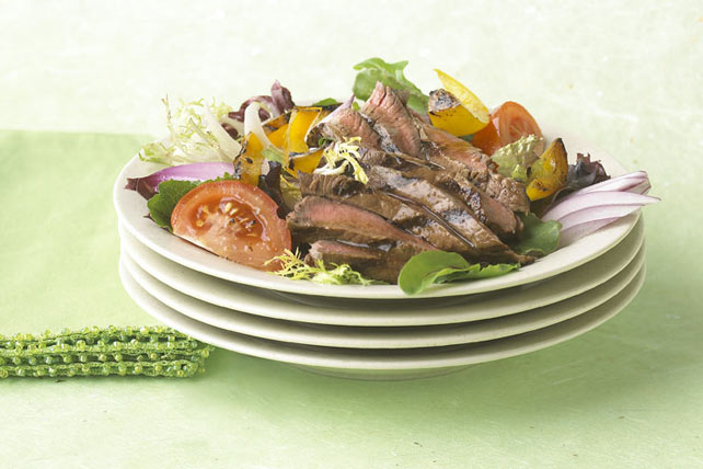 Grilled Steak & Vegetable Salad Image 1