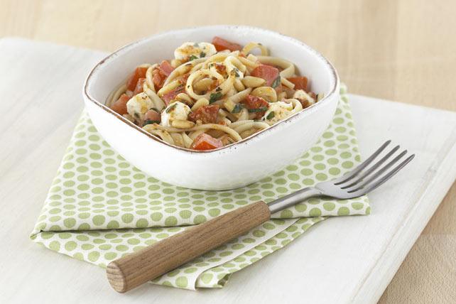 creamy-basil-tomato-pasta-74526 Image 1