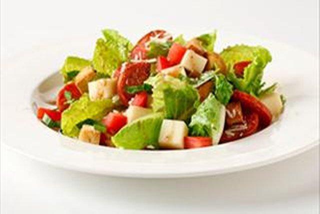 bella-bruschetta-salad-74537 Image 1
