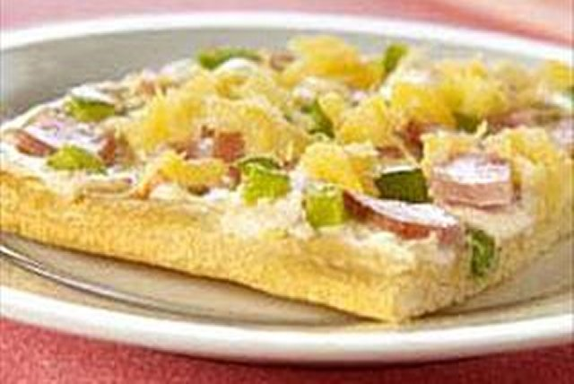 Aloha Canadian Bacon Pizza Image 1