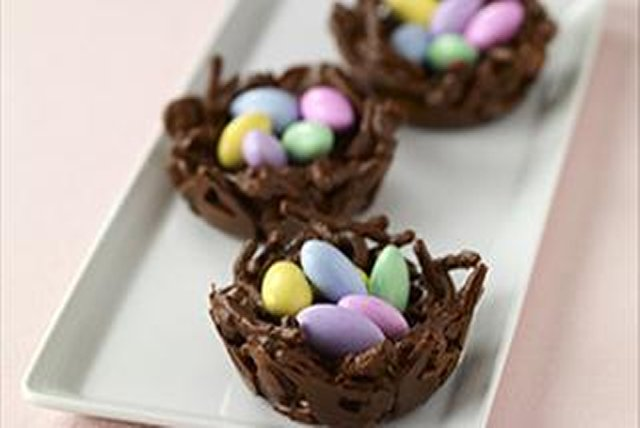 BAKER'S Chocolate Nests Image 1
