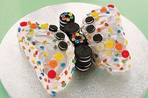 Precioso pastel en forma de mariposa