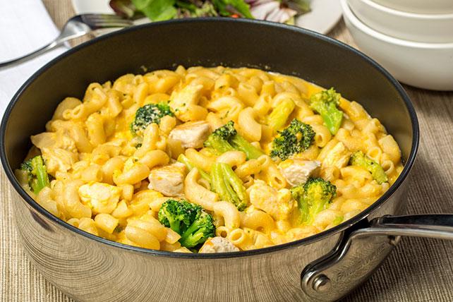 Pollo al queso con brócoli y macarrones Image 1