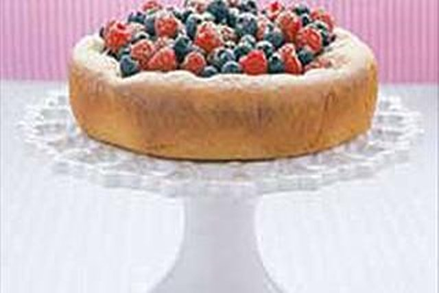 Berry-Berry Cake Image 1