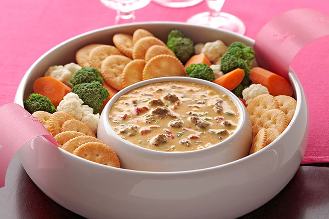 VELVEETA® Spicy Cheeseburger Dip Image 1