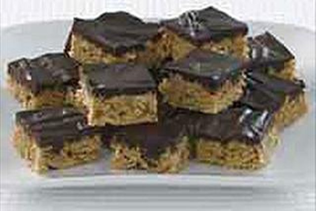 Chocolate Crunch Squares Image 1