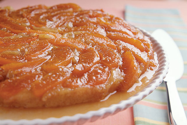 Upside-Down Cake with Apricots