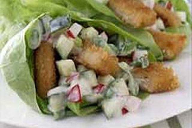 Caesar Chik'n Lettuce Wraps Image 1