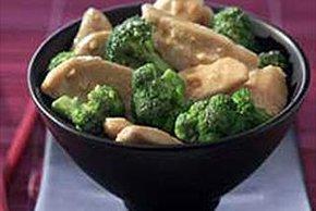 Pollo al dijón con brócoli