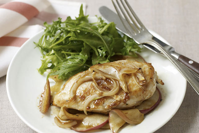 Maple-Baked Apple Chicken Image 1