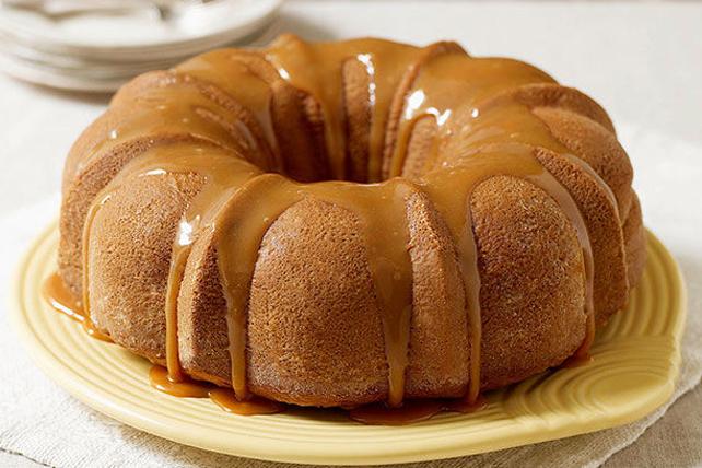 Gâteau moelleux aux pommes et au caramel