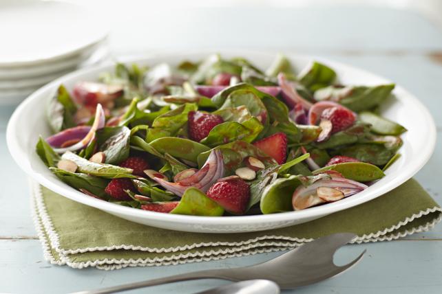 Salade d'épinards printanière Image 1