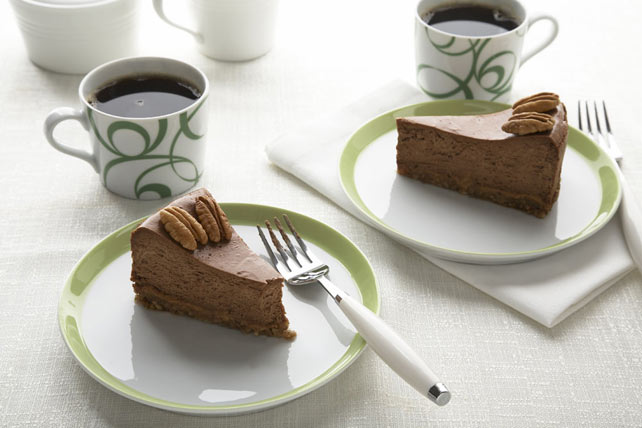Cheesecake de chocolate con caramelo y nueces