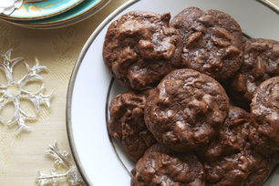 BAKER'S One-Bowl Chocolate Chunk Cookies