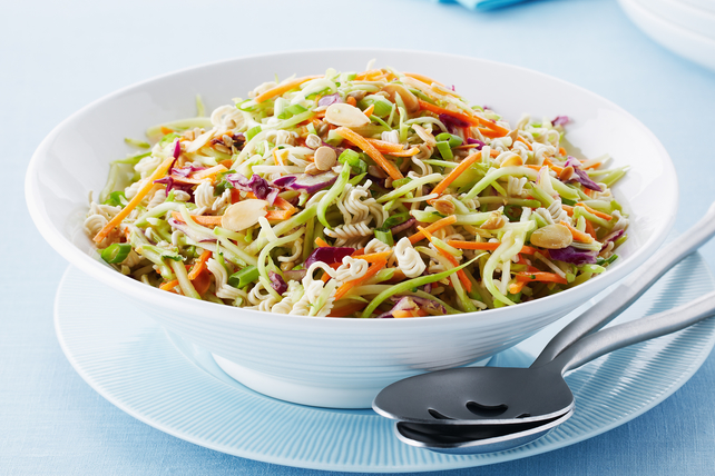 Crunchy Asian Broccoli Coleslaw Image 1