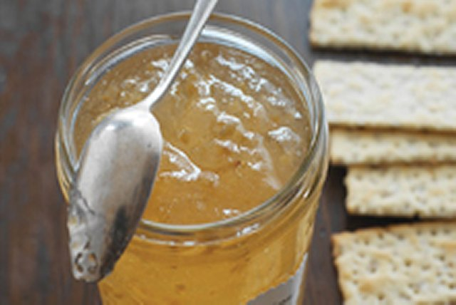 Roasted Garlic and White Wine Jelly
