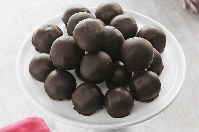 Peanut Butter Snowballs Image 1