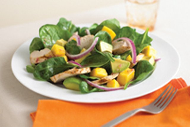 Grilled Chicken-Mango Salad Image 1