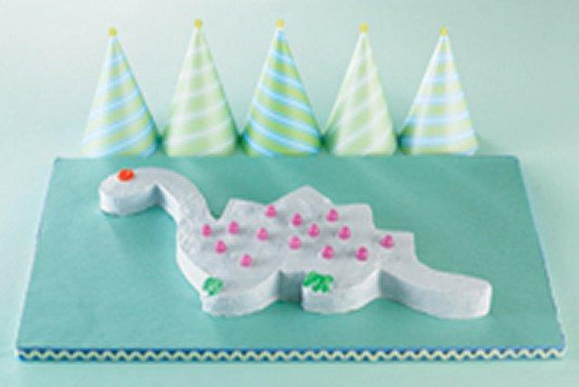 Dinosaur Birthday Cake Image 1