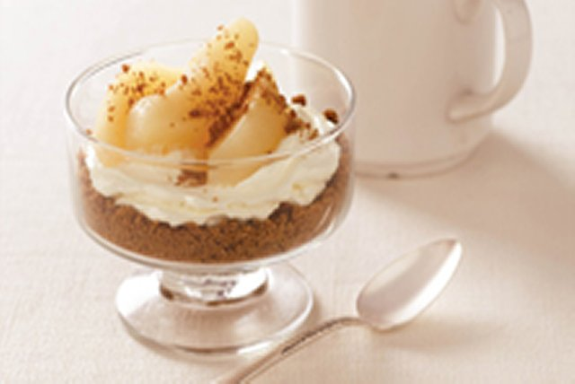 Ginger-Pear Cheesecake Cups Image 1