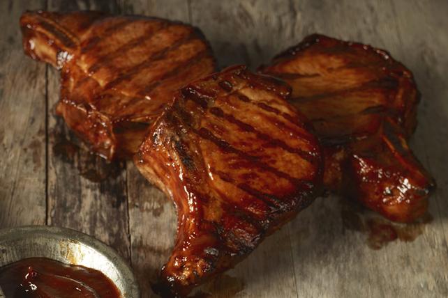 Côtelettes de porc parfaites au barbecue Image 1