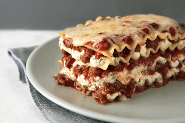 Cheesy Meat Lasagna Recipe Kraft What S Cooking