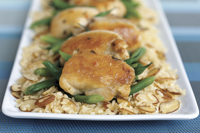 30-Minute Almond Chicken Image 1