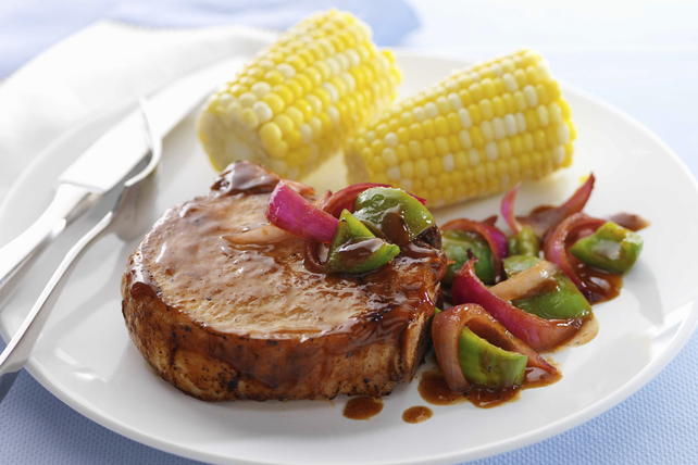 Poêlée de côtelettes de porc et de sauce barbecue Image 1