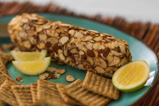 Apricot & Almond Cheese Log Image 1